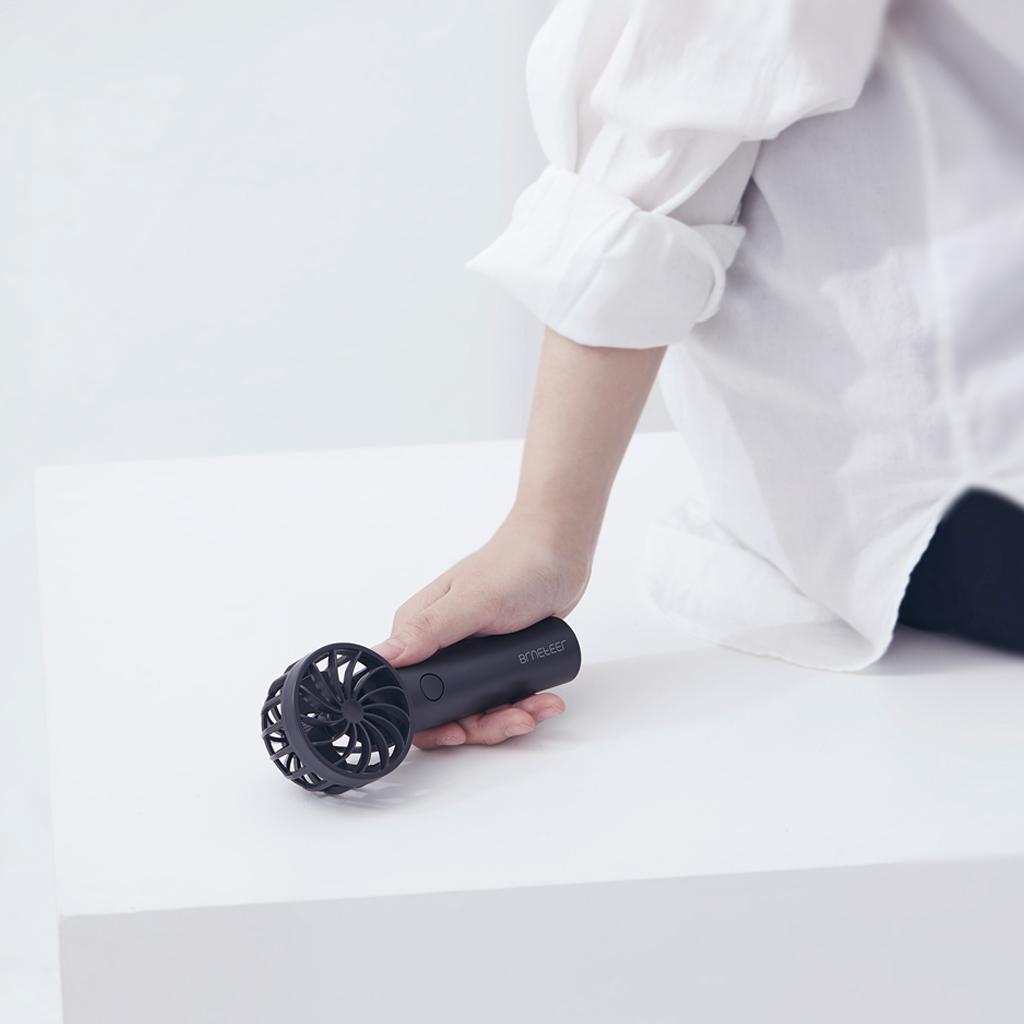 ポータブル扇風機 卓上扇風機 充電式 グレー